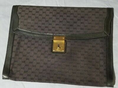 Gucci Signature Brown GG Leather Canvas Monogram Flat Portfolio Clutch Bag Italy