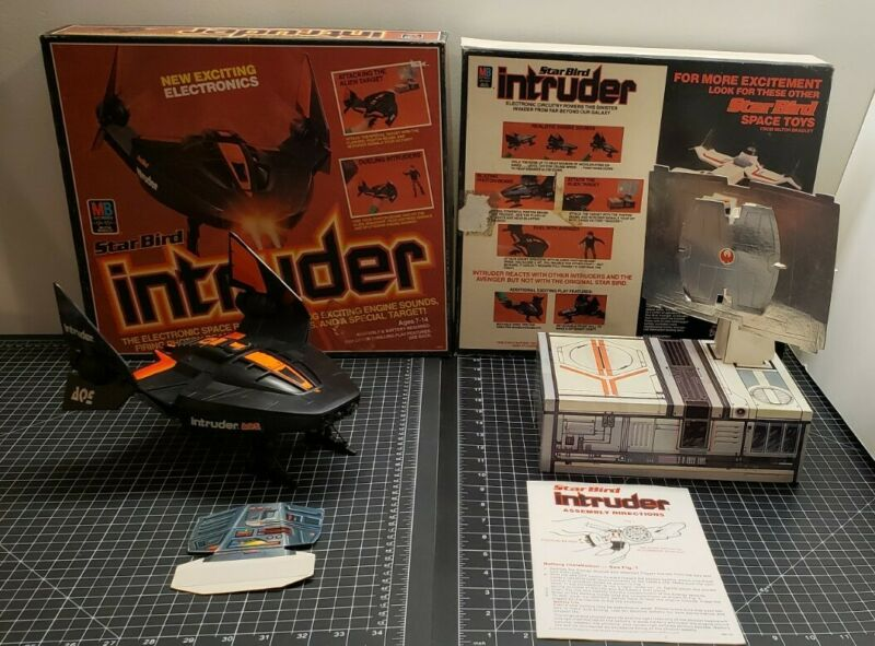 MB Star Bird Intruder~Reinforced Alien Target~Milton Bradley Box Instructions