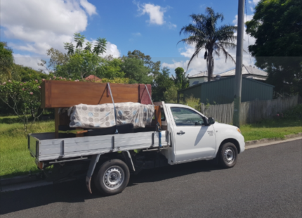 PROFESSIONAL MAN AND UTE HIRE FOR CHEAP PRICE