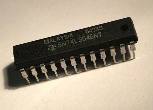 74LS646 TTL Octal Bus Transceivers, 24-pin skinny DIP