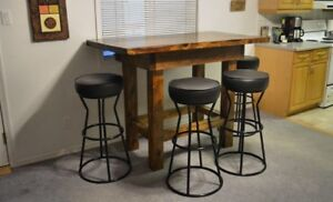 Handcrafted cedar plank bar table and stools - DRYDEN