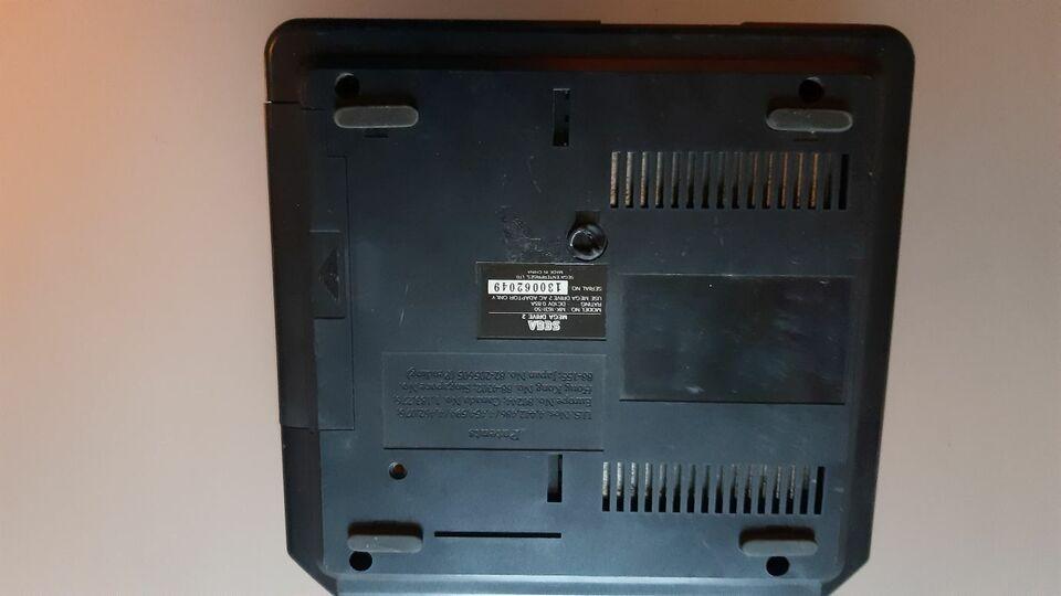 Sega Mega Drive II 2 Konsole ohne Kabel in Mannheim