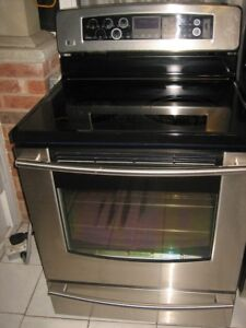 LG stainless steel stove, convection oven, self clean$480