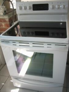 Samsung ceramic top stove convection oven,self clean, $350Fully