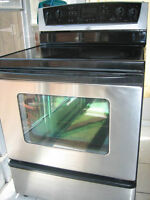Whirlpool stainless steel stove, ceramic top, convection oven, s