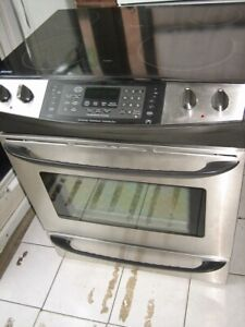 Kenmore stainless steel slide in stove, convection oven, $380se