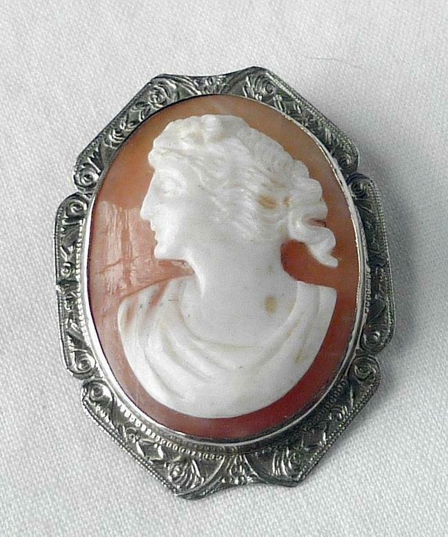 14k White Gold Art Deco Left Facing Cameo Brooch of a Young Lady Petite+Pretty