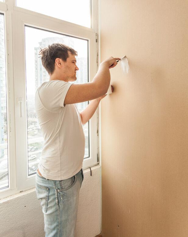 How to Repair Holes in Plaster