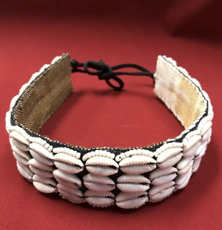 $539 Lot 36 Genuine Cowrie Shell choker necklaces Wholesale Jewelry Cowry