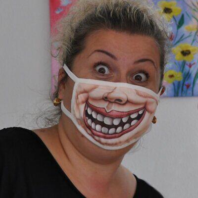 Mundschutz Maske lustiges Motiv Grinsen Lächeln Lippen Loser Gesicht