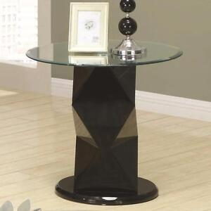 "CLEARANCE!!!  Contemporary style Tempered glass End Table - 24"" x 24"" x H 22"""