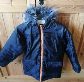 Boys black winter coat. Age 11-12 years.