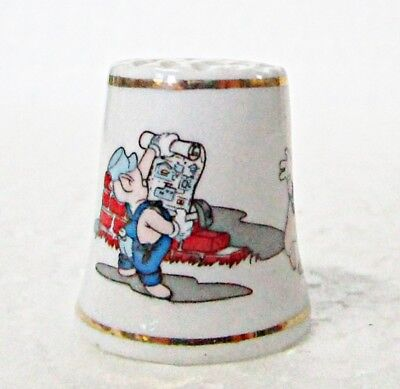 Disney Three Little Pigs Character Thimble 1993 Porcelain