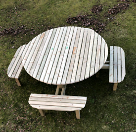 Round Picnic table seating 8 people