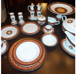 Dishes set of 12 / vaisselle