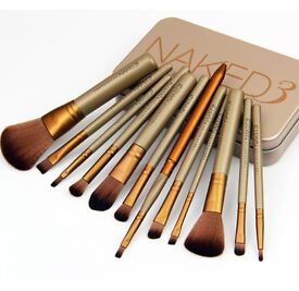 PayPal accepted naked 12 peice brush set brand new