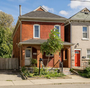 OLD MEETS NEW… 2 STOREY CENTURY HOME IN HAMILTON