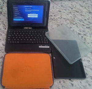 WIFI 64GB BlackBerry playbook with keyboard case