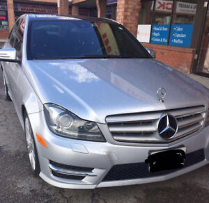 Mercedes-Benz C300-Sedan Mint Condition.