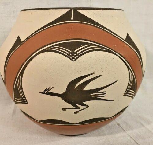Vintage Zia Pueblo Indian Polychrome Pottery Olla w/ Birds,Tulips Prob 1960-80s