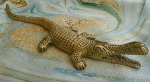"Vintage Brass Alligator Crocodile Figurine 7 1/2"" x 2"""