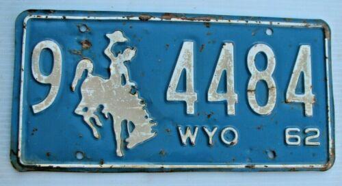 "WYOMING 1962 AUTO PASS. LICENSE PLATE  "" 9  4484 ""  WY 62   WYO BUCKING BRONCO"