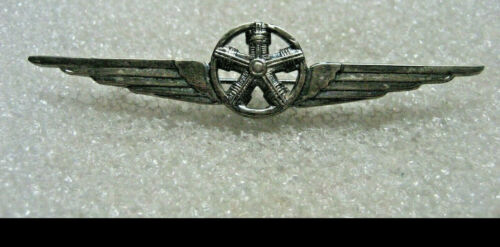 /Italy Italian Air Force Mechanic Badge wings ww2