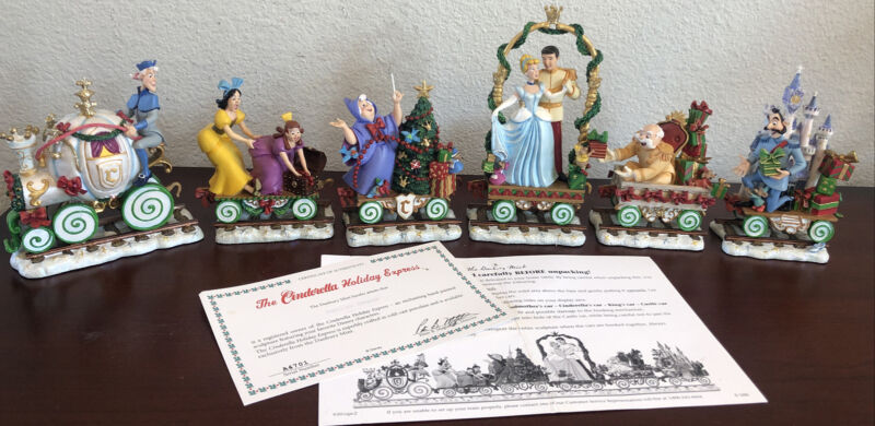 "The Danbury Mint ""The Cinderella Holiday Express"" Christmas Train 6 Cars New"