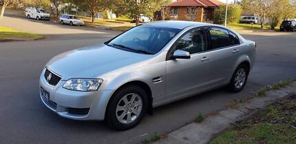 my2012 holden commodore ve series 2, low kms, logbooks,1year rego