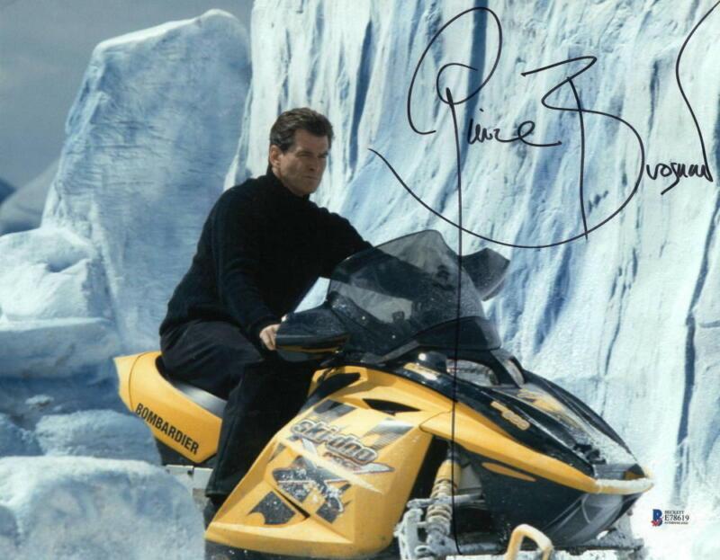 PIERCE BROSNAN JAMES BOND 007 SIGNED 11X14 PHOTO AUTHENTIC AUTOGRAPH BECKETT B