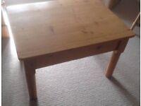 Table - Pine waxed , coffee table