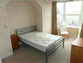 Female share Bright double room bills Inc WiFi