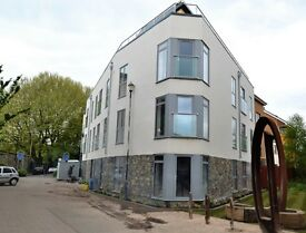 Spacious & light, new 2 bedroom flat within Atlas Court, Bristol BS2.