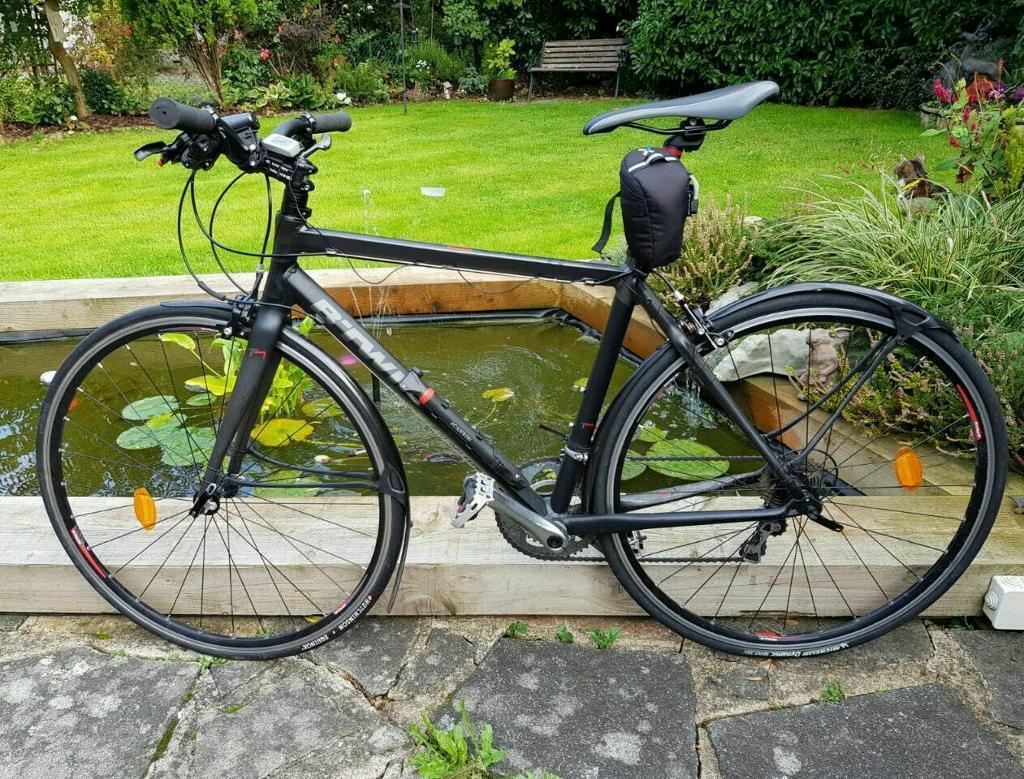 Aluminium and Carbon Fiber Road Bike