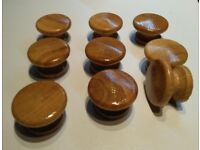 NEW 9 wooden OAK lacquered knobs 40 mm diameter