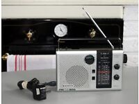 1980s Sanyo Mains / Battery FM/SW/MW/LW Mono Radio