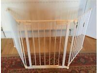 Baby Dan 3 sided baby gate