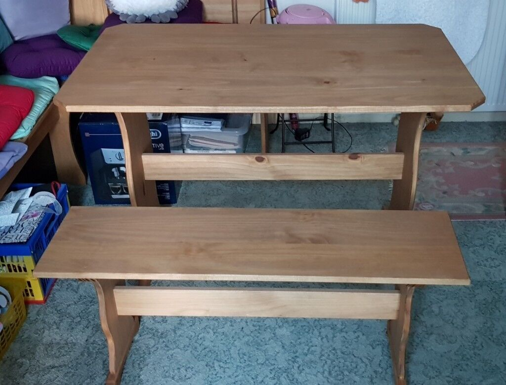 Astounding Small Dining Table 43 X 25 And A Bench Seat In Kenilworth Warwickshire Gumtree Dailytribune Chair Design For Home Dailytribuneorg
