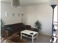 2 Bed Flat to let in Victoria Park - available 22 May