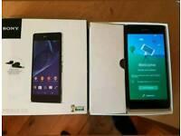 Sony xperia z2 16gb unlocked, like brand new!!!!!!!!