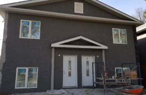 NEW 4 Bedroom Town Homes Available at 602 Elgin Avenue