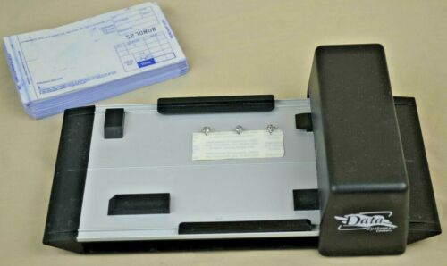 Data Systems Company CREDIT CARD IMPRINTER w/ CARBONLESS FORMS