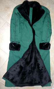 dark green winter Coat . Excellent Condition .Size 6.ByWestfield Cambridge Kitchener Area image 1
