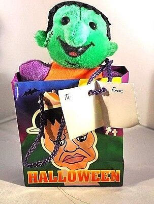 SMALL DRACULA FIGURE IN A BAG W/TAG GIFT TOY PLUSH STUFFED DRACULA FIGURE HALLOW](Small Halloween Gift Tags)