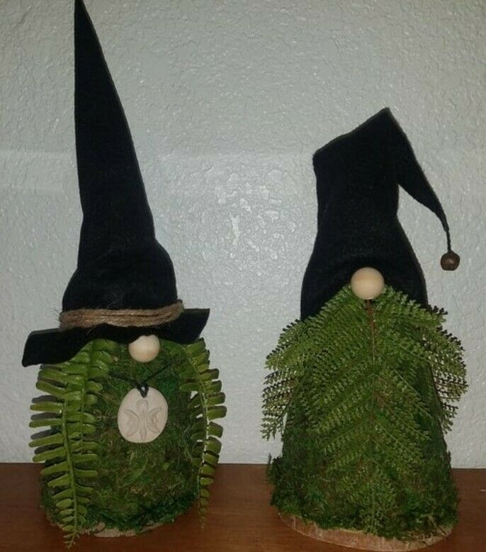 Forest god and goddess gnome
