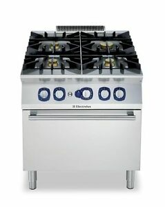 GAS STOVE, LESS THAN 5 YEARS OLD PLEASE