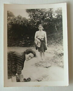 ORIGINAL WWII B & W PHOTOGRAPH SOUTH PACIFIC NUDE JAPANESE WOMAN