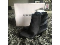 Ankle boots. Brand new in box. £25 JustFab size 5 but more a size 4 as very narrow.