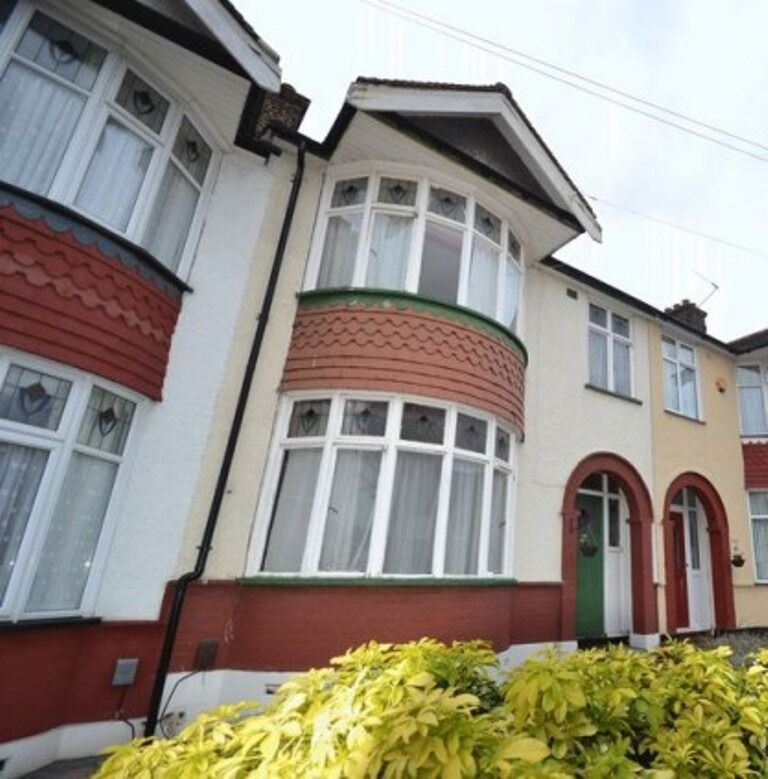 Lovely Three Bedroom Property in the Heart of Barking