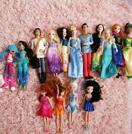 Collection of disney dolls